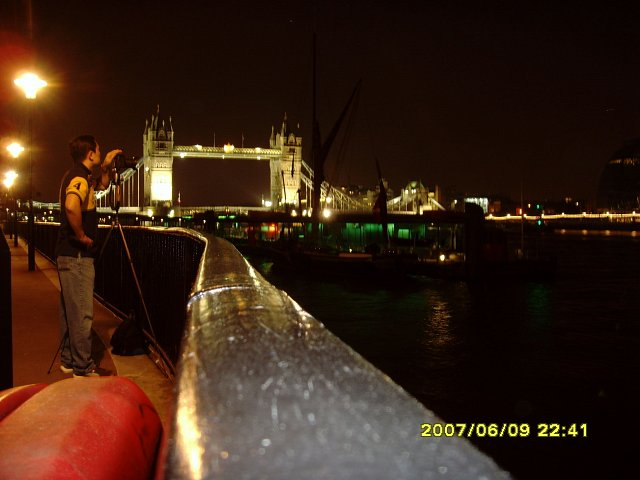 London Tower Bridge noca