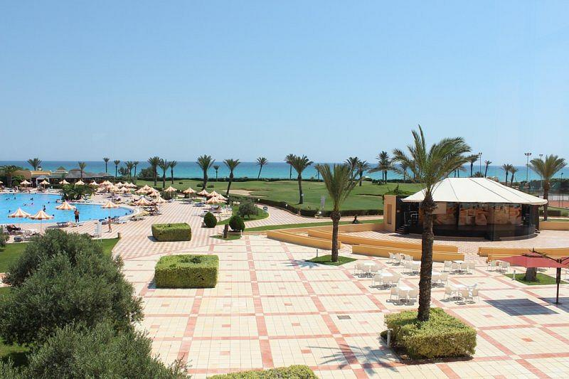 Nour Palace Hotel in Mahdia - Schwimmbad