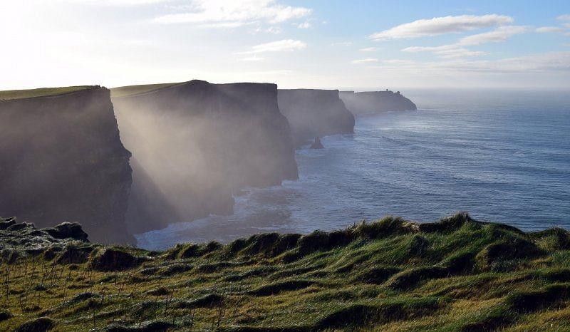 ...cliffs of moher...
